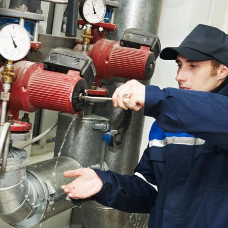 Оператор теплогенераторов, работающих на жидком и газообразном топливе